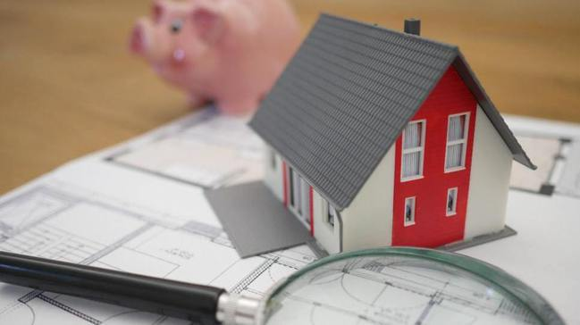 去(109)年賣房適用舊制(土地交易所得不課稅)的民眾,今年5月申報綜合所得稅時...
