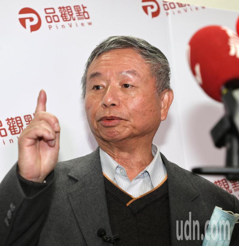 前衛生署長楊志良(圖)上午接受媒體專訪,重申挺陳時中,但希望衛生福利部部長陳時中要「進化」。記者蘇健忠/攝影