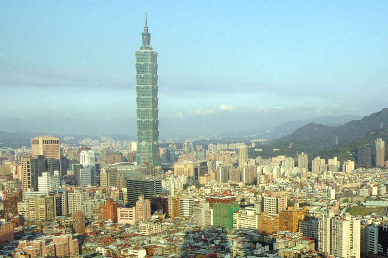 案864接觸者昨日進台北101事務所上班,接觸其他10名員工。聯合報系資料照