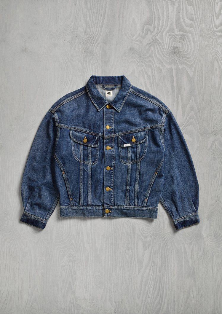 H&M x Lee聯名系列女裝牛仔外套1,799元。圖/H&M提供
