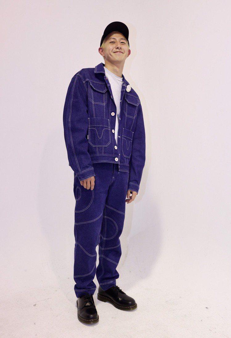 設計師將ANGUS CHIANG的第10季作品以電影「ME」表現並出任導演,服裝...