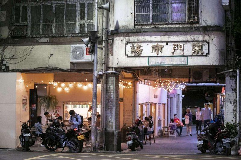 新竹市東門市場已有50年歷史,市府將投入5300萬元經費改善,替商家、消費環境硬體升級。圖/新竹市政府提供