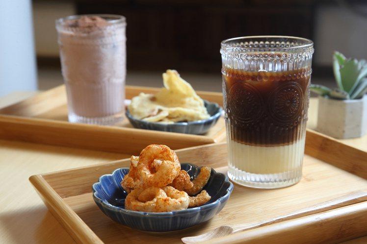 代表新住民時期的越南咖啡、美祿。記者陳睿中/攝影