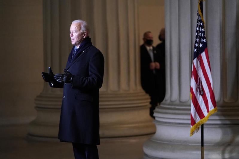 拜登就任美國第46任總統就職後,在國家廣場林肯紀念堂致辭。歐新社
