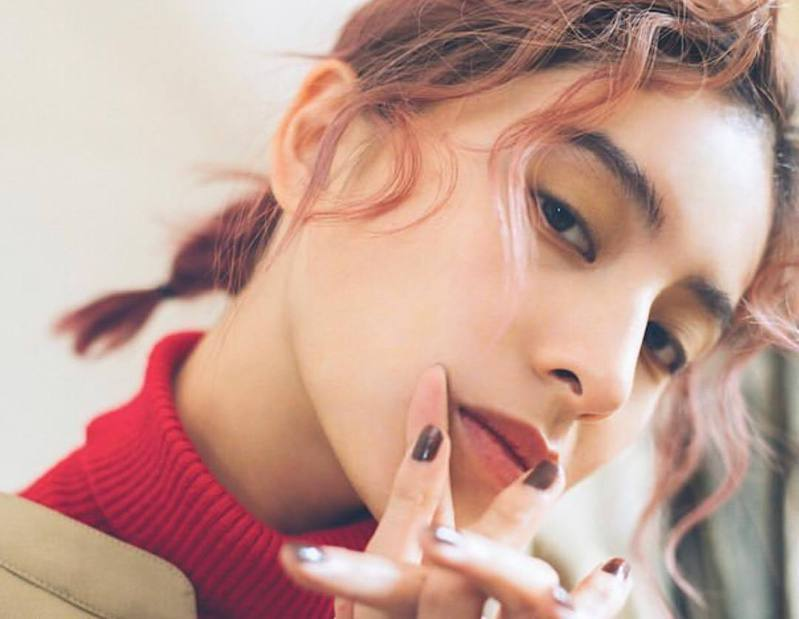 遭控涉嫌性侵女性的日本混血女藝人ラブリ(Loveli)。圖擷取自IG