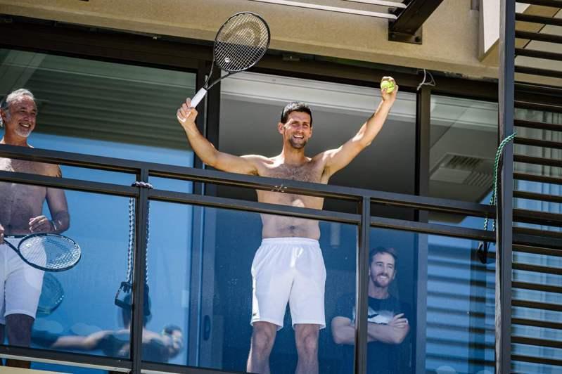 曾向澳網要求放寬隔離限制等規定球王約克維奇(Novak Djokovic),發表聲明表示他的本意被誤解了。 法新社
