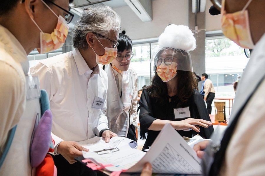 2020年12月12日,協商劇場:塑化劑爭議。 圖/臺北市立美術館提供