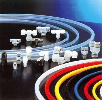 誠力國際企業公司推出無塵室專用軟管及接頭。 誠力/提供