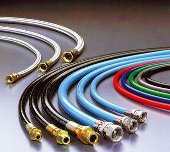 誠力國際企業公司推出非橡膠高壓樹脂軟管。 誠力/提供