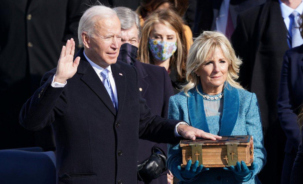 拜登20日宣誓就職,成為美國第46位總統。  路透