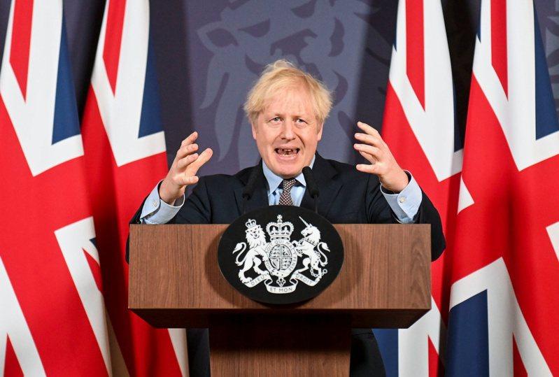 英文日本時報,刊載英國首相強生(圖)力邀韓國、澳洲與印度,一起出席今年6月份,預定在倫敦舉辦的G7經濟高峰會議。路透