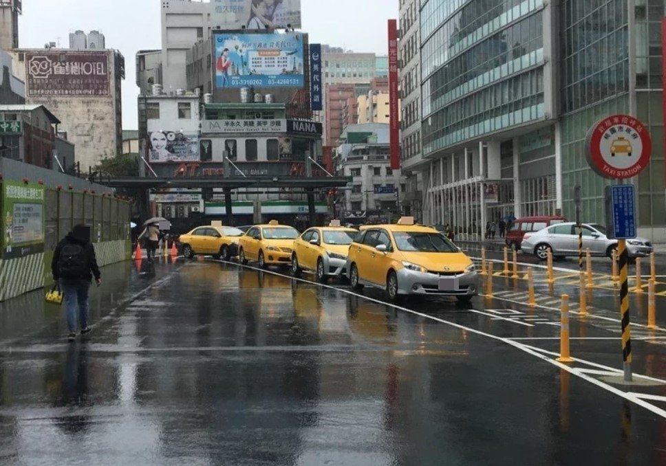北北基春節計程車加成費率一致,每趟車次加收20元。聯合報系資料照