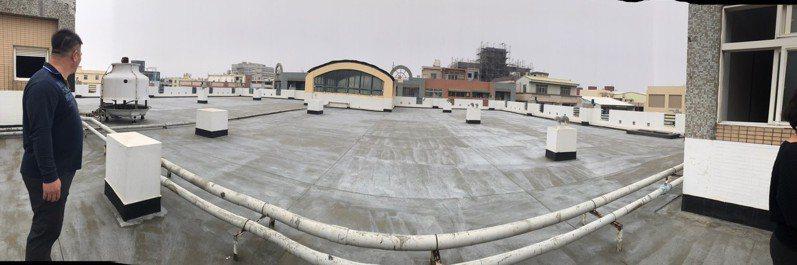 台中市政府將在今年設置第一批公有市場的太陽能發電設備。圖/王立任提供