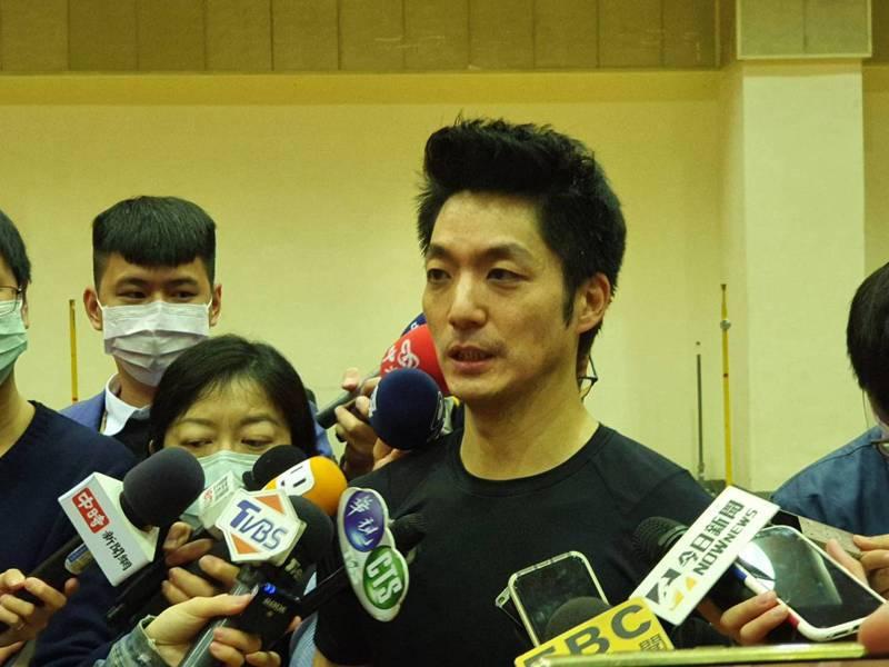 國民黨立委蔣萬安下午在北市議會受訪。記者楊正海/攝影