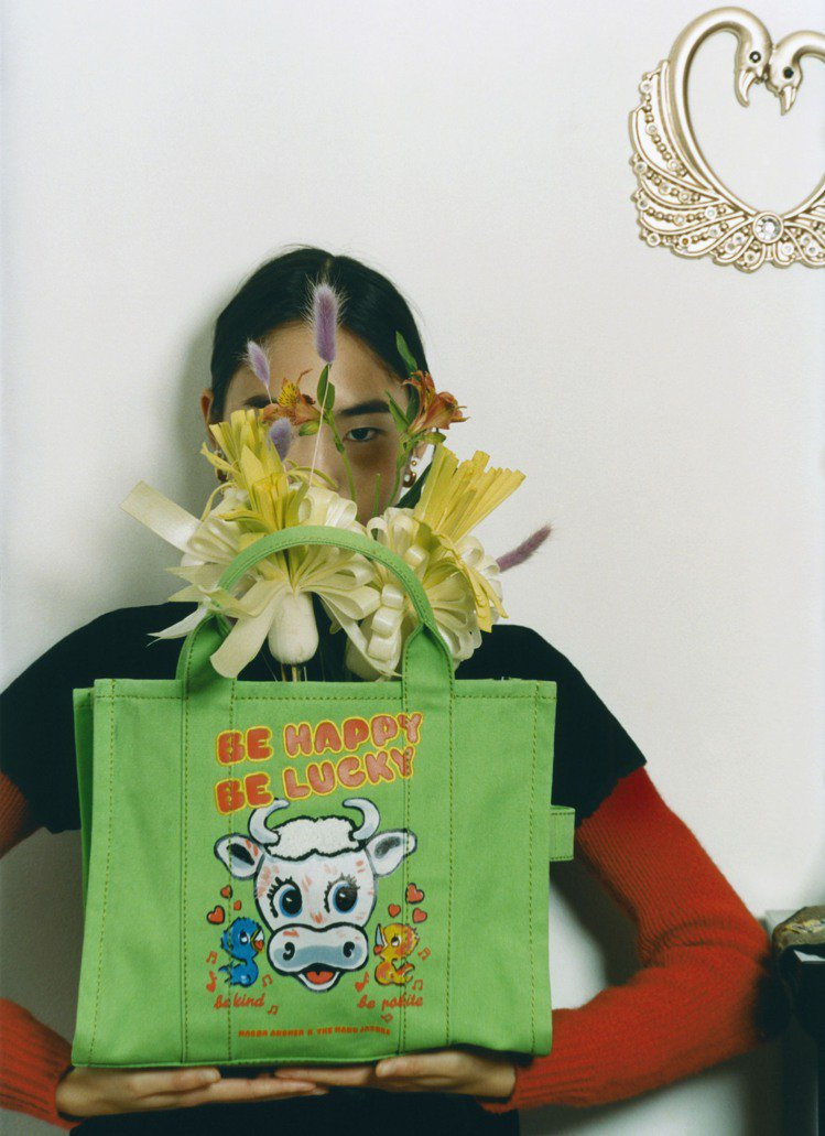 Marc Jacobs X Magda Archer大眼小牛塗鴉The Tote...