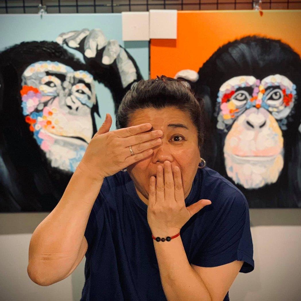 林美秀在老家羅東經營畫廊,常回去店裡顧店。圖/林美秀臉書