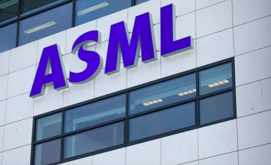 雖然大陸廠商無法使用EUV光刻機,不過ASML來自大陸的銷售額從2019年的12...