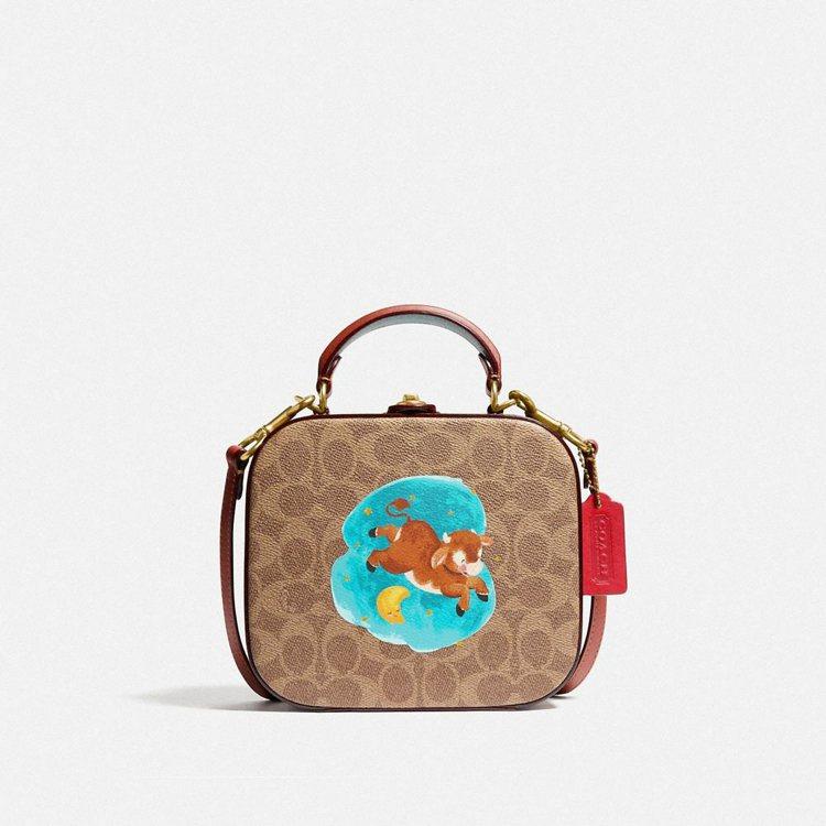 COACH Square手袋,29,800元。圖/COACH提供