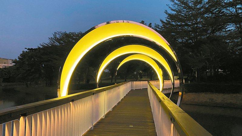 台南鹽水月津港燈節活動喊卡,地方錯愕。圖/台南市政府文化局提供