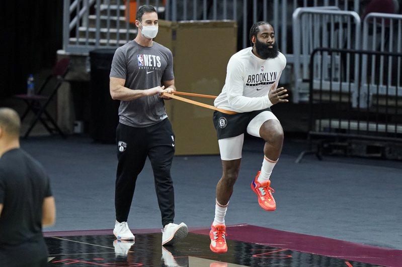 歐尼爾再次抨擊哈登,認為他加入籃網後若沒奪冠就是失敗。 美聯社