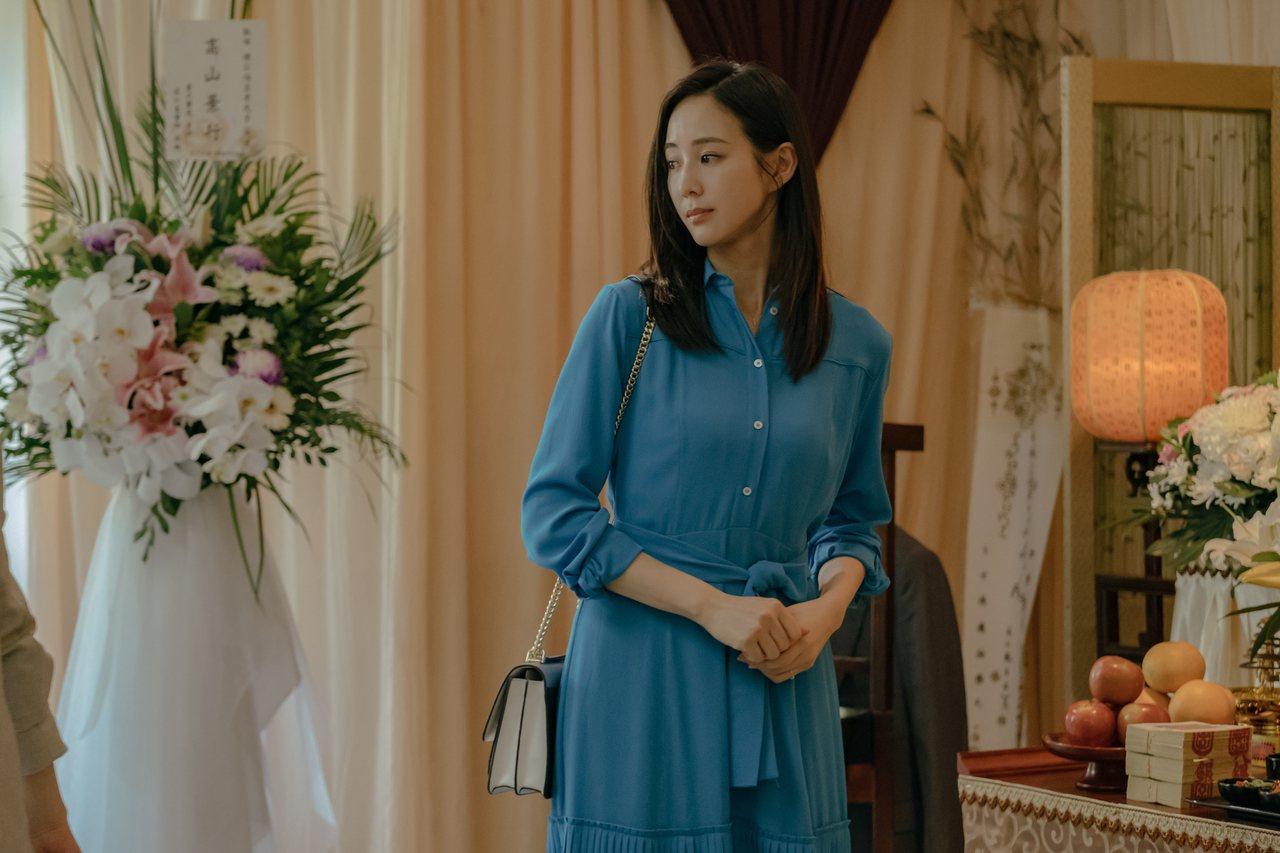 張鈞甯在《孤味》飾演陳家特別的三女兒阿眉。 圖╱威視電影提供