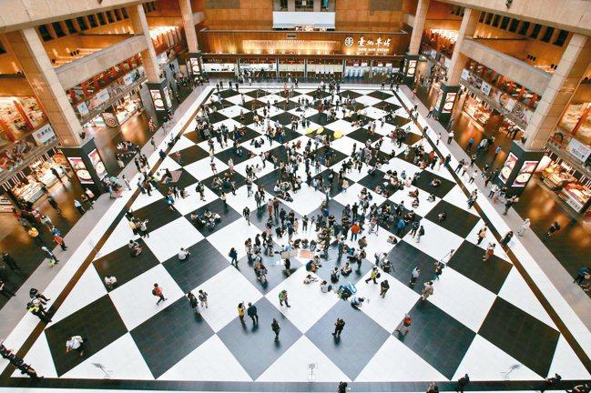 台北車站大廳。 報系資料照
