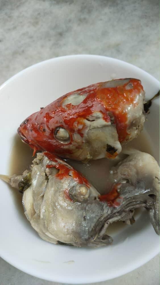 「錦鯉湯」引發網友討論。 圖擷自阿曼達臉書
