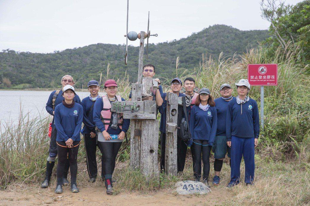 嘉藥環資系黃大駿老師時常帶領實驗室學生至台灣各地進行生態調查。 嘉藥/提供