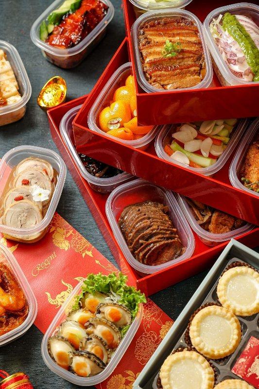 匯集中式及台式外帶年菜的「極致小滿漢禮盒」。 業者/提供
