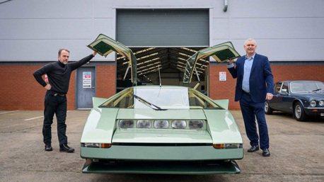 40年老馬丁Aston Martin Bulldog將挑戰200英里極速!