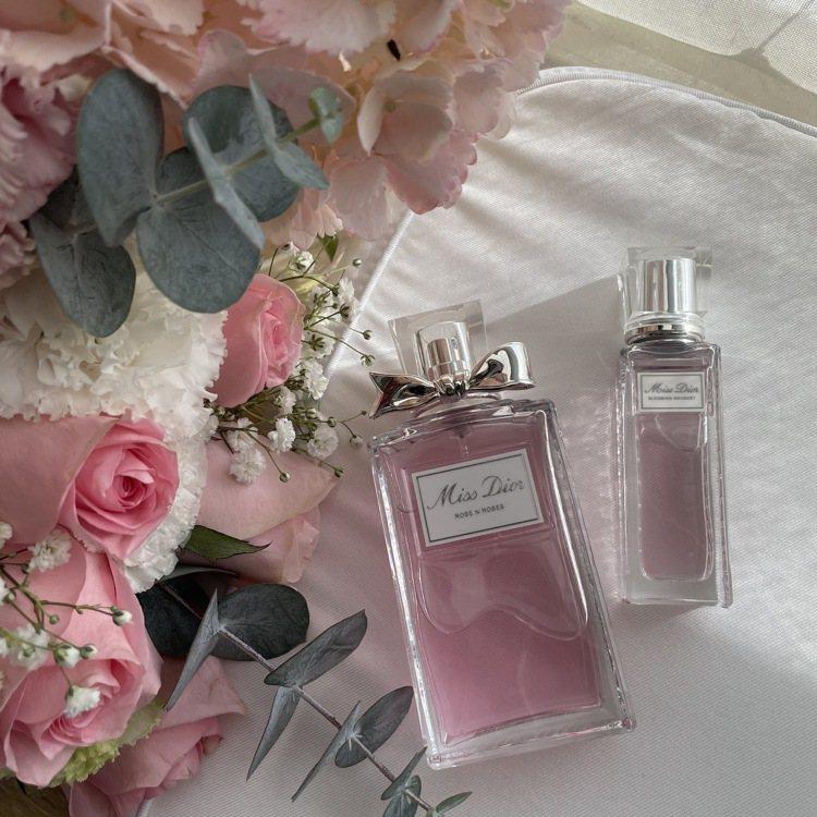 期間購買任一Miss Dior香水100ml與任一滾珠香水或身體系列,即可享限定...