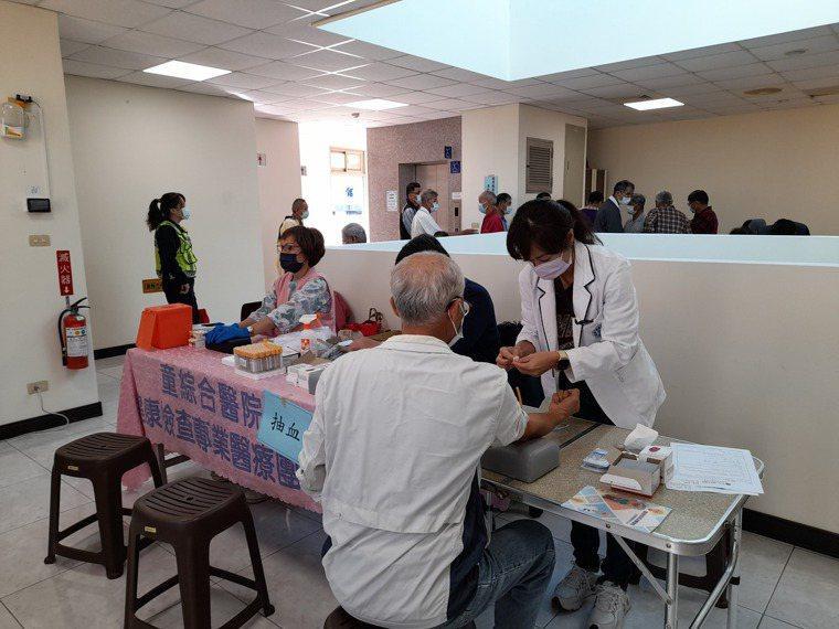 童綜合醫院去年8月起進行為期5個月的「守護爸爸的健康 攝護腺免費篩檢活動」,共進...
