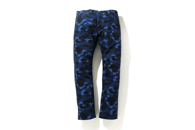 LEVI'S與BAPE聯名系列501 '93迷彩牛仔褲,亞洲限定款6,799元,...