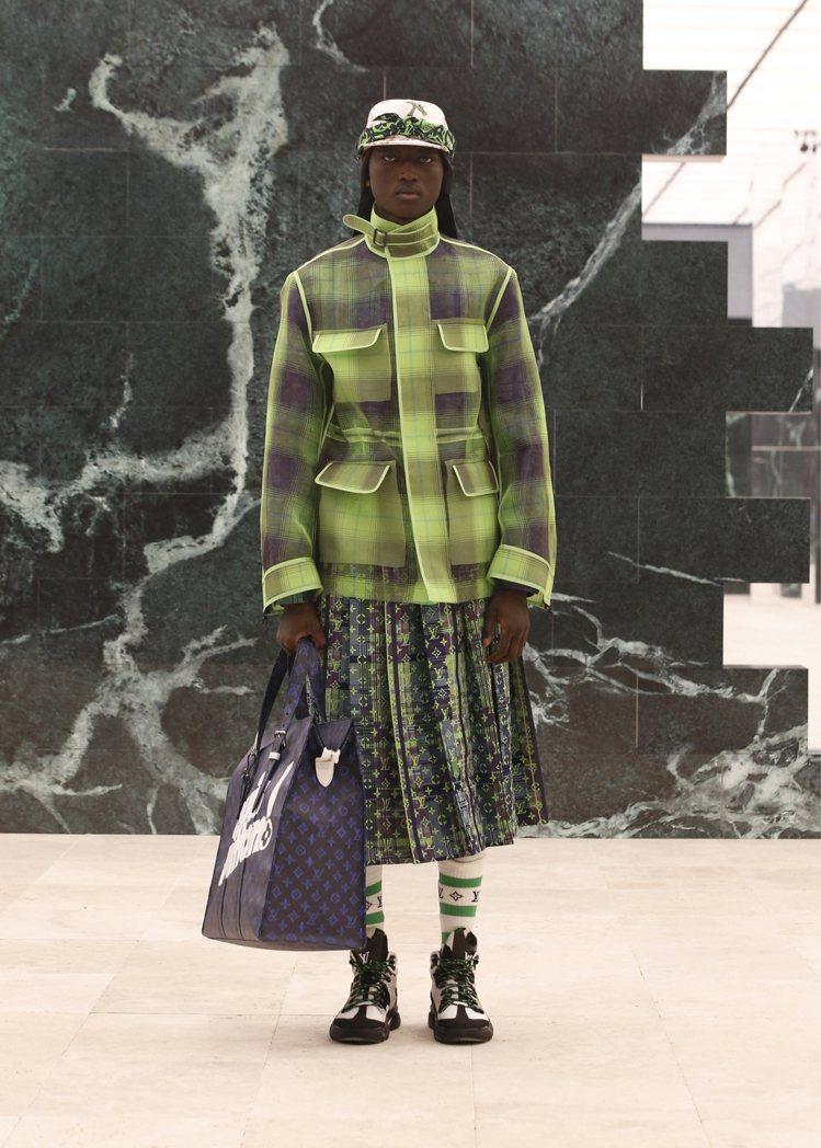 百褶裙和格紋運用,豐富了2021秋冬男裝的輪廓。圖/LV提供