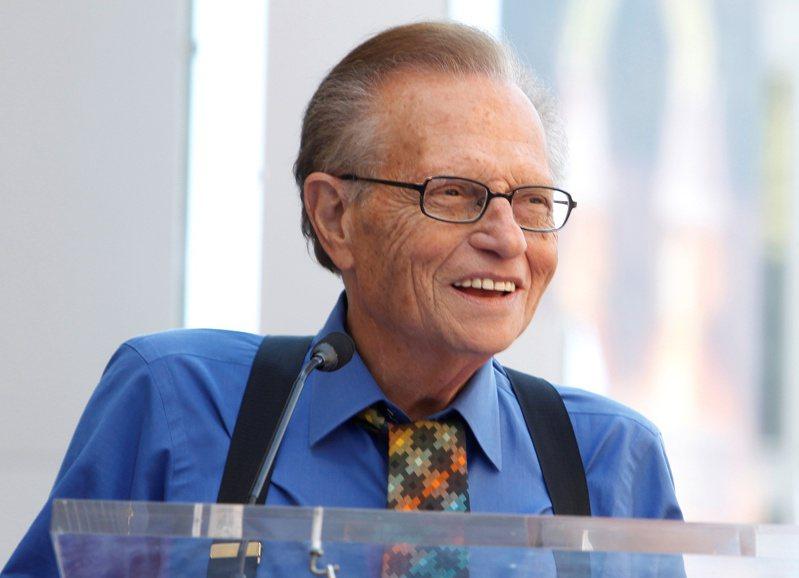 美國深夜談話節目知名主持人賴瑞金(Larry King)23日在醫院去世,享壽87歲。 路透社