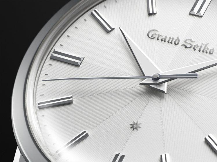 Grand Seiko服部金太郎160歲誕辰紀念腕表,表盤為多層結構,並細膩的刻...