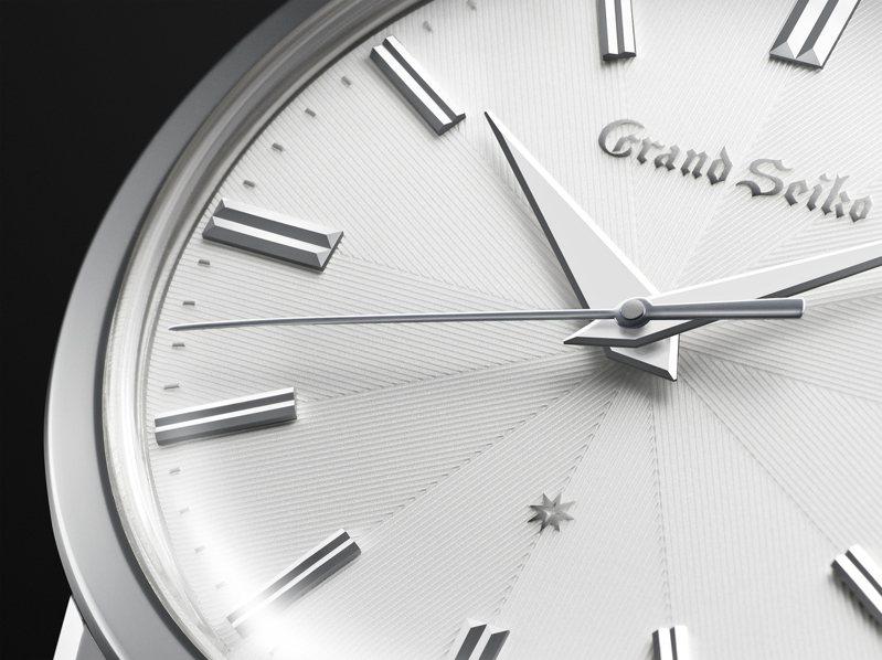Grand Seiko服部金太郎160歲誕辰紀念腕表,表盤為多層結構,並細膩的刻畫了放射紋路。圖/Seiko提供