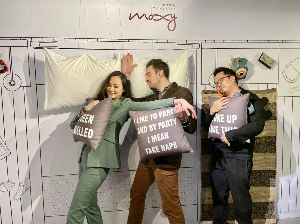 民眾可以在展覽現場參與體驗、共同創作,感受豐邑Moxy酒店的獨特魅力。記者宋健生...