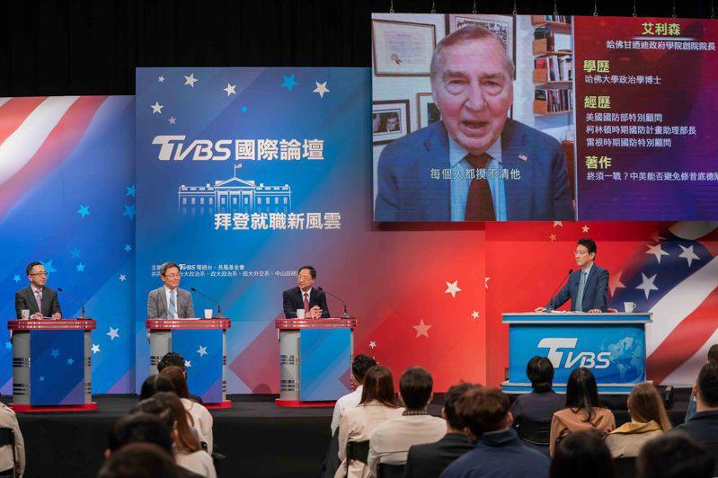 美國總統拜登核心策士艾利森(Graham Allison)分析未來美中台關係,除認為台灣可能是爆點外,在美中科技戰中,台灣也要注意對半導體產業的影響。圖/TVBS提供