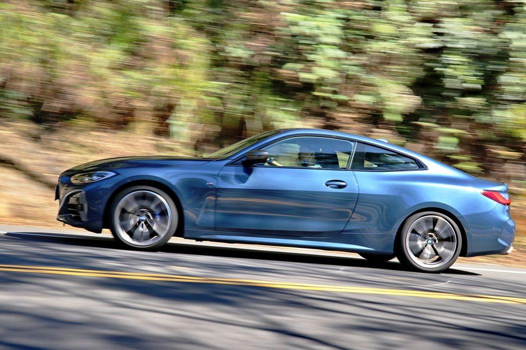 全新世代BMW 4系列雙門跑車車身和底盤都採輕量化設計。 記者陳威任/攝影