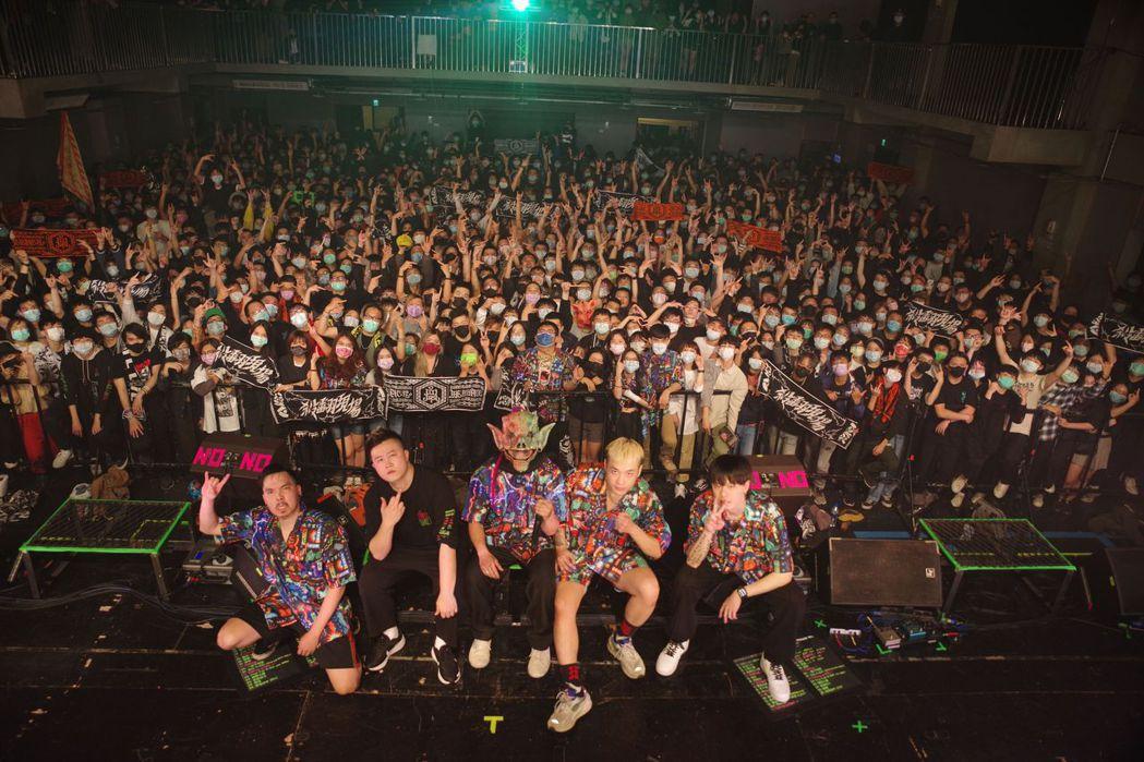 血肉果汁機23日在台中Legacy舉辦專場演出。圖/血肉果汁機提供