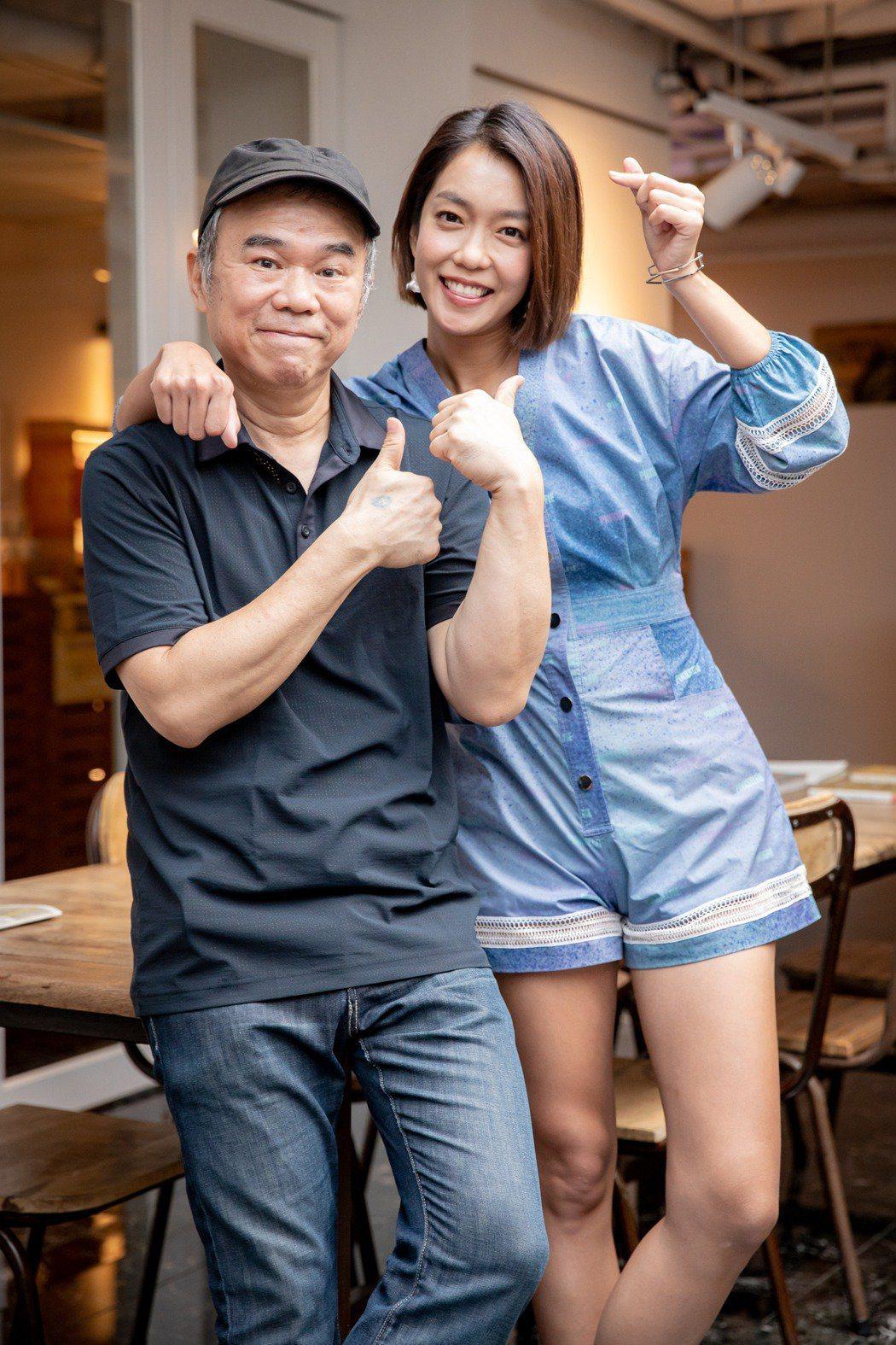 陳玉勳(左)在臉書發文。圖/牽猴子提供