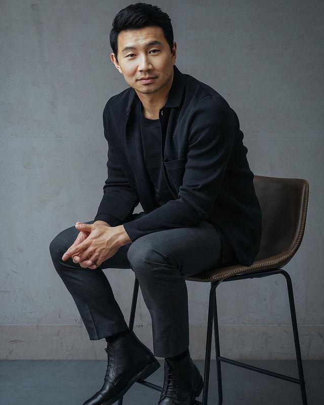 劉思慕成為漫威英雄片首位華人主角,引發很大爭議。圖/摘自Instagram