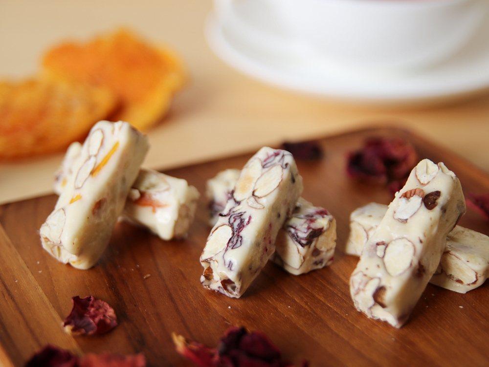 PEKOE「三味牛軋糖禮盒」。圖/PEKOE食品雜貨鋪提供