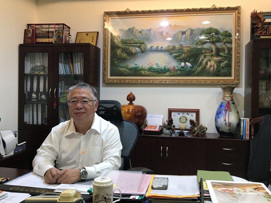 弘偉環工副董事長劉正光。宋依靜/攝影。
