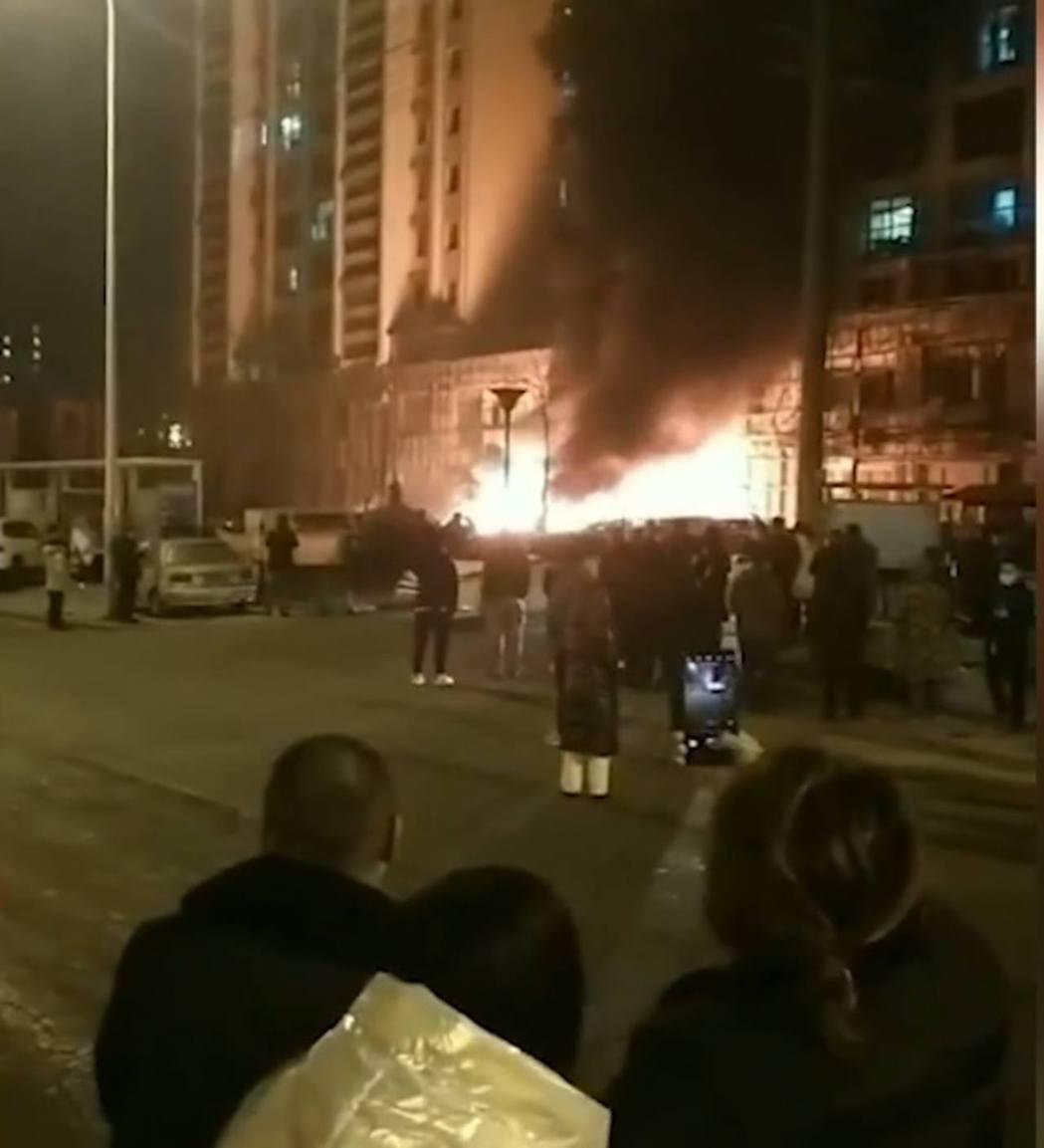 遼寧大連街區發生爆炸至少2死8傷。(大陸微博圖片)