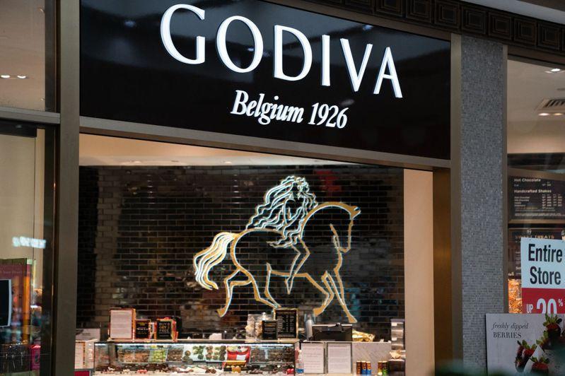 比利時知名高級巧克力品牌Godiva,隨著疫情擴散營業額逐漸下跌,目前更宣布全數關閉或轉售美國128家店鋪,將轉戰網購市場。。法新社