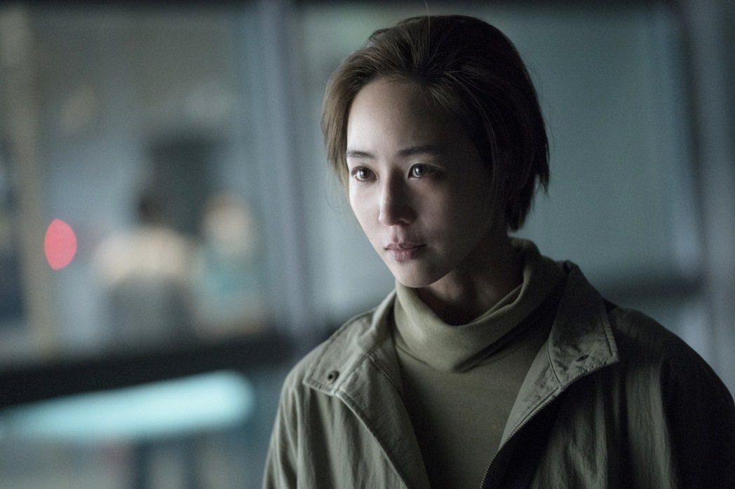 「緝魂」主題曲「不苦」由吳青峰獻唱。圖/威視提供