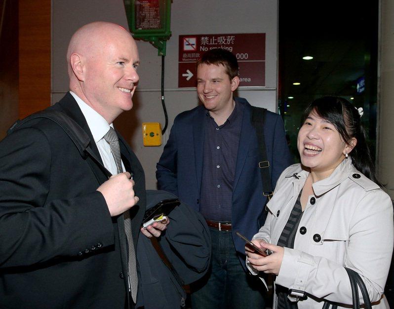 曾任美國前副總統錢尼副國安顧問的葉望輝(左),熟悉亞洲,長期關注台灣事務,被許多人視為「友台派」、「挺台大將」。圖為他2016年12月抵台訪問。圖/聯合報系資料照片