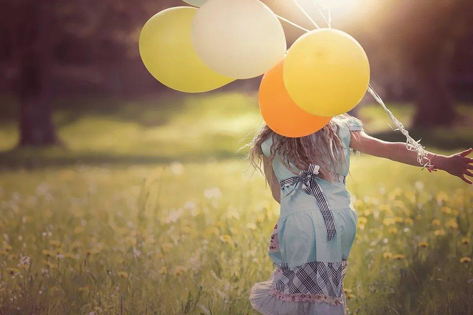 如果能夠放下過去的習慣與擔心未來孤寂終老,用「享受」的心情與現在相遇,日子一樣過...